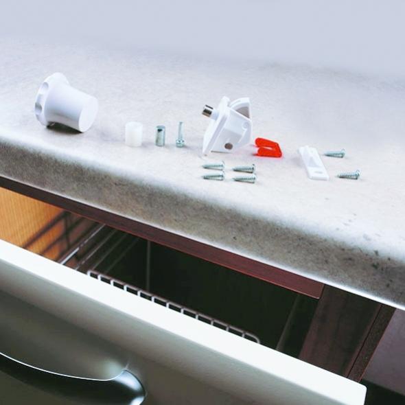 Bloque porte de cuisine - 1 verrous + 1 clé - Sécurité magnétique - SOKLEO