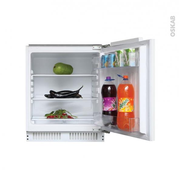 petit r frig rateur 135l int grable 82cm blanc candy cru160ne oskab. Black Bedroom Furniture Sets. Home Design Ideas